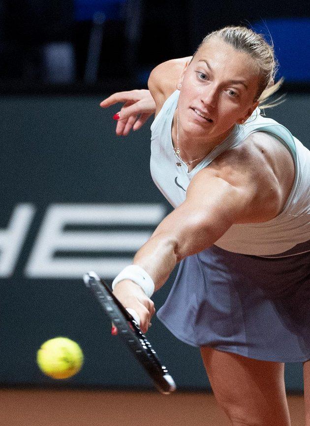 Petra Kvitová ve čtvrtfinálové bitvě na turnaji ve Stuttgartu.