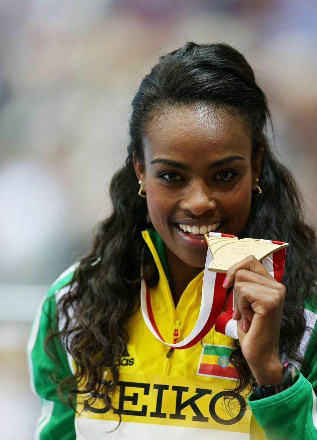 Genzebe Dibabaová, etiopská vítězka na 3000 m.