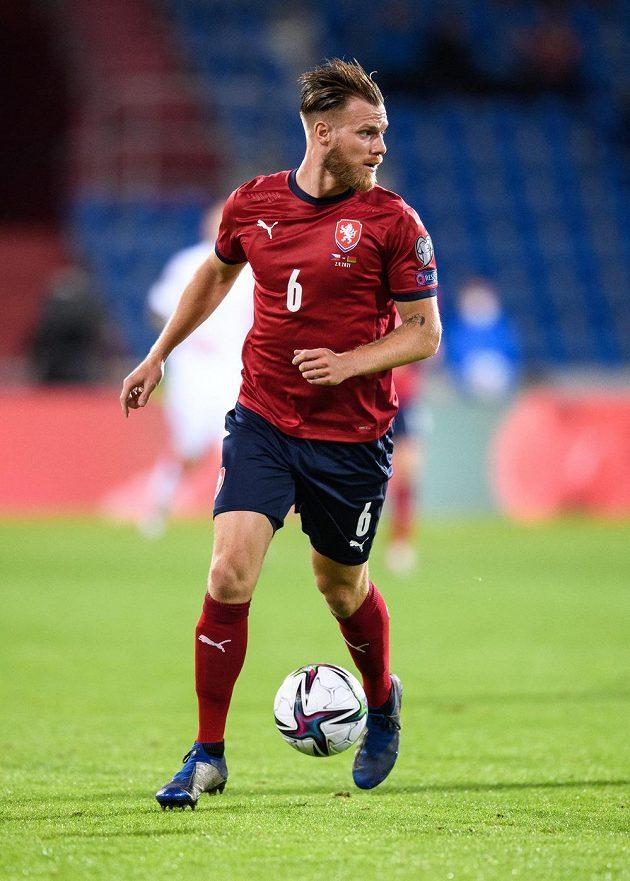 Obránce české fotbalové reprezentace Tomáš Kalas během utkání kvalifikace MS 2022.