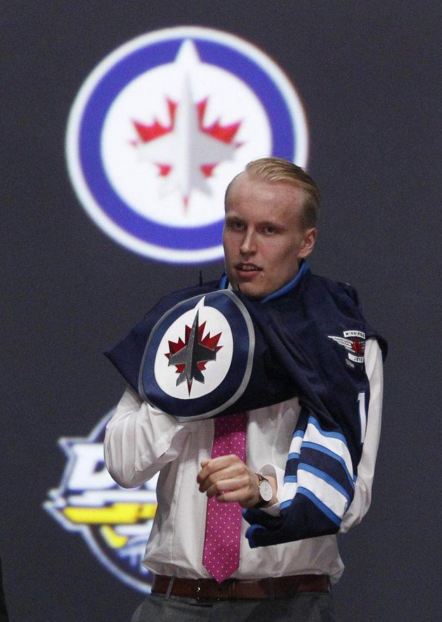 Fin Patrick Laine se stal hráčem Winnipegu.