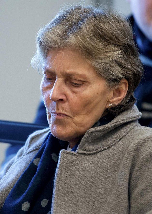 Susi Hoenessová, manželka prezidenta Bayernu Uliho Hoenesse, před vynesením verdiktu.