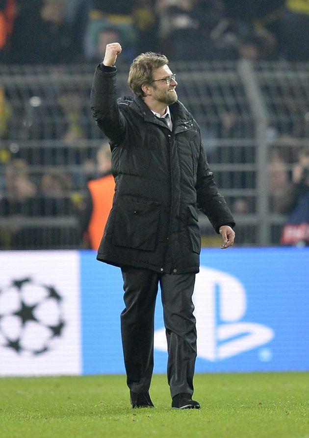 Radostné gesto trenéra Dortmundu Jürgena Kloppa.