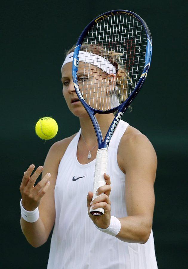 Česká tenistka Lucie Šafářová udolala v prvním kole Wimbledonu Bethanii Mattekovou-Sandsovou.