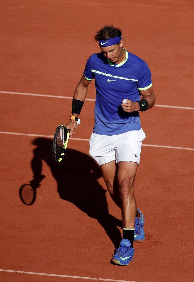 Vítězné gesto Rafaela Nadala.