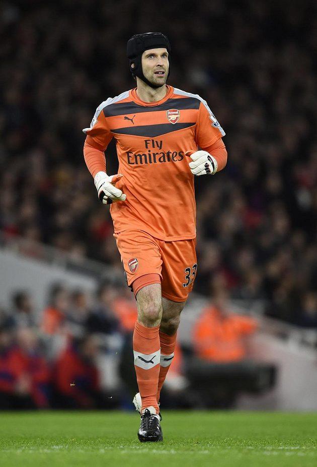 Petr Čech v utkání proti Manchesteru City podržel spoluhráče několika zákroky.