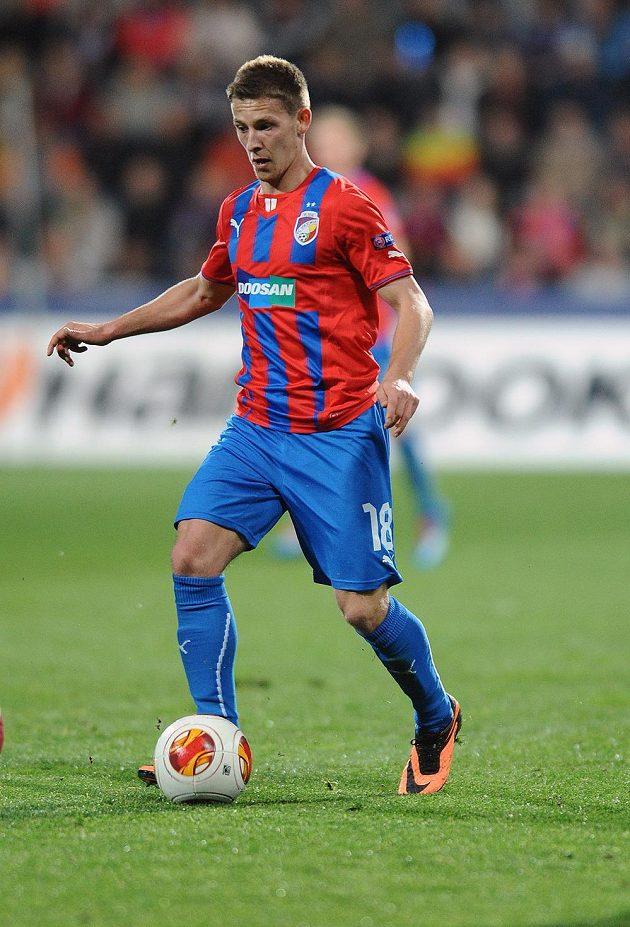Plzeňský záložník Patrik Hrošovský během utkání osmifinále Evropské ligy proti Lyonu.