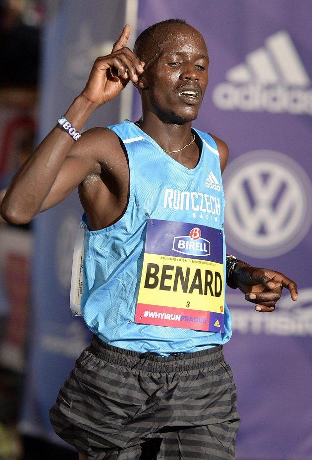 Vítěz mužské kategorie Benard Kimeli.