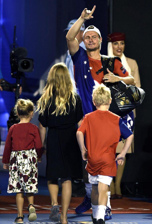 Australský tenista Lleyton Hewitt se loučí s diváky v Rod Laver Areně.