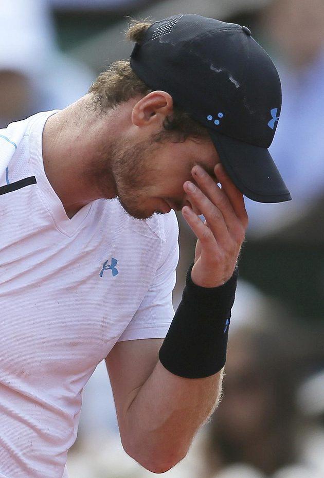 Frustrovaný a zklamaný Brit Andy Murray.