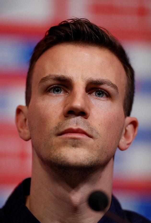 Český fotbalový reprezentant Vladimír Darida povede tým proti Anglii v roli kapitána.