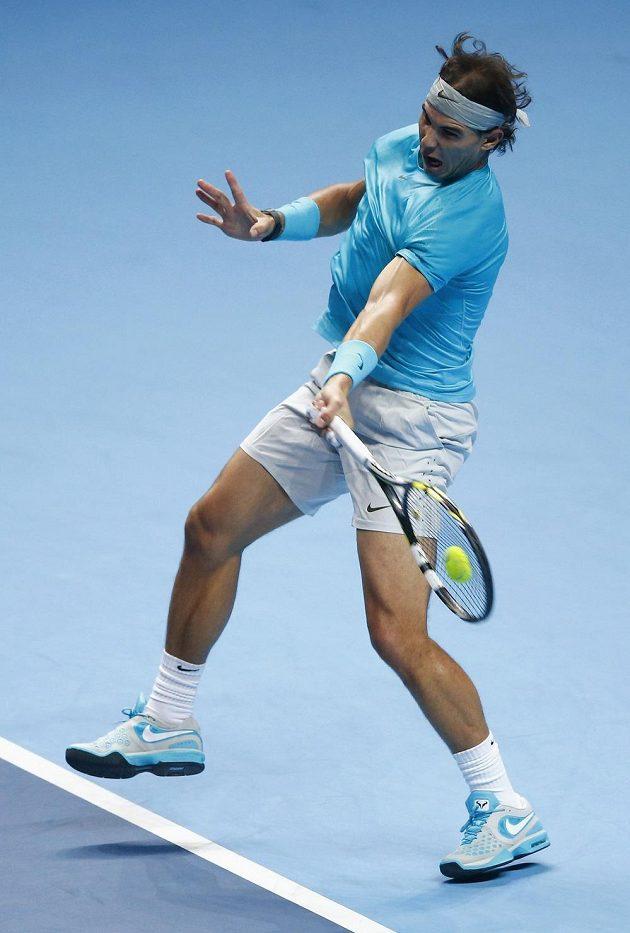 Španělský tenista Rafael Nadal během finále Turnaje mistrů.