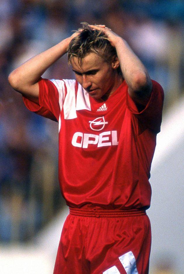 Útočník Sparty Horst Siegl v sezoně 1993/94.
