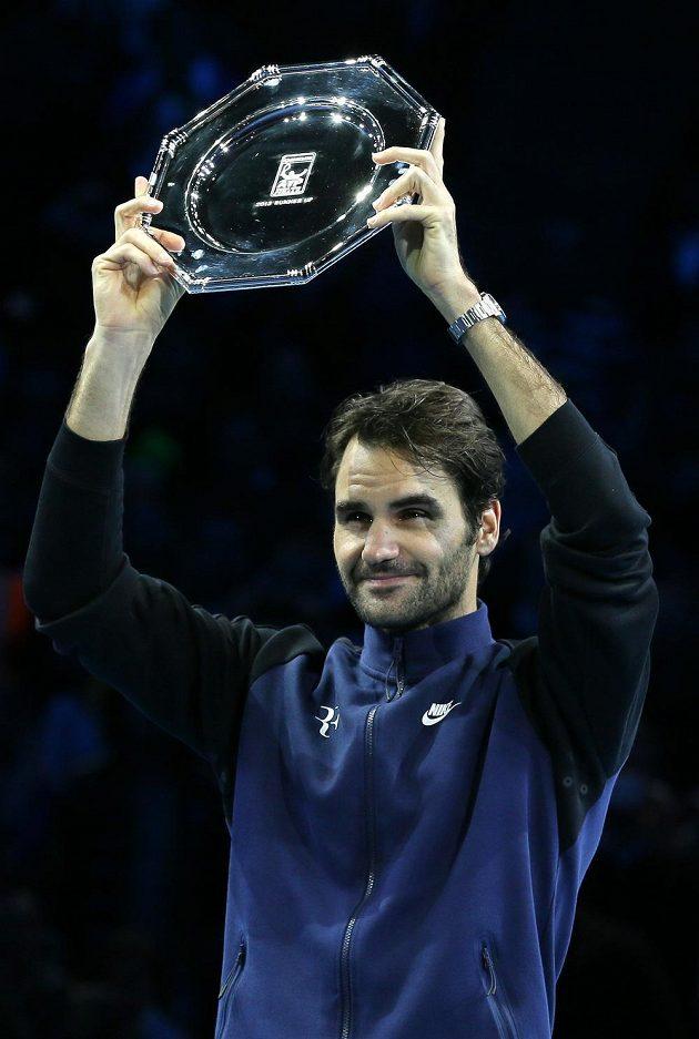 Poražený finalista Roger Federer ze Švýcarska.