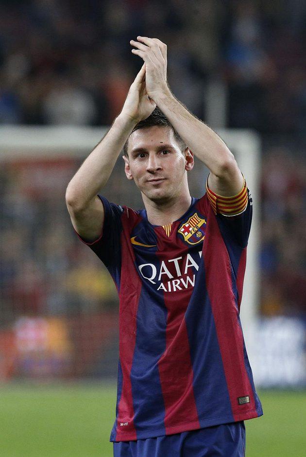 Lionel Messi z Barcelony po zápase se Sevillou, v němž se dostal do čela historické tabulky střelců španělské ligy.