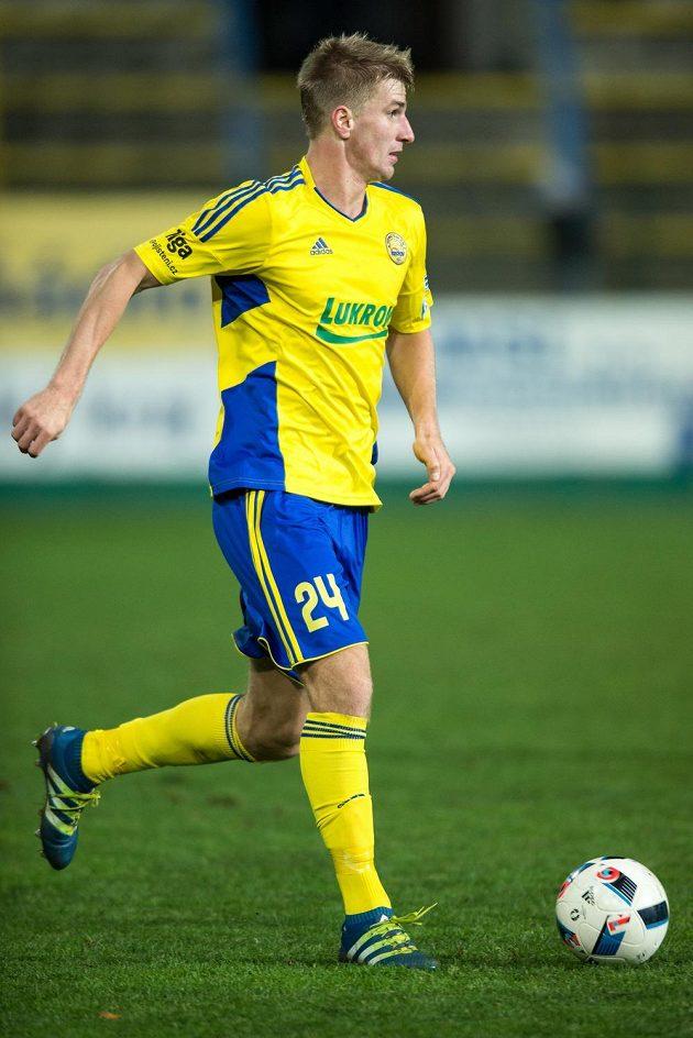 Zlínský obránce Jakub Jugas během utkání 4. kola MOL Cupu se Spartou.