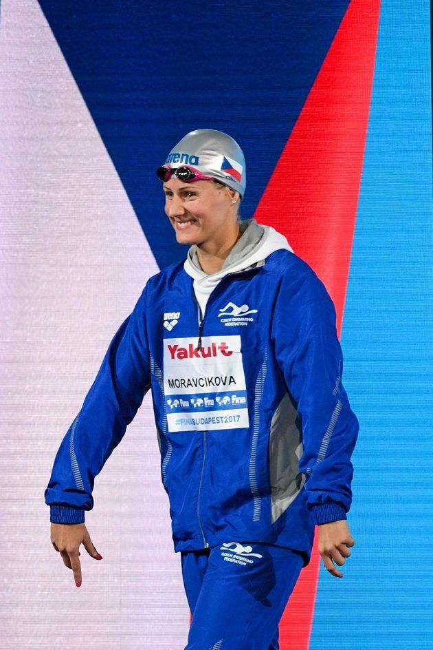 Martina Moravčíková před semifinále na 200 metrů prsa na MS v Budapešti.