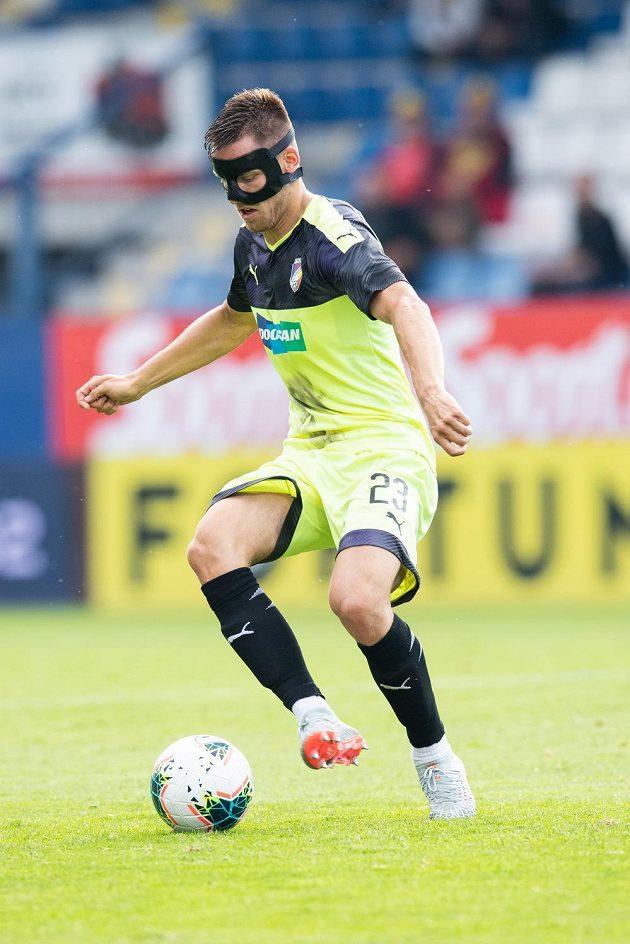 Lukáš Kalvach z Viktorie Plzeň během utkání v Liberci.