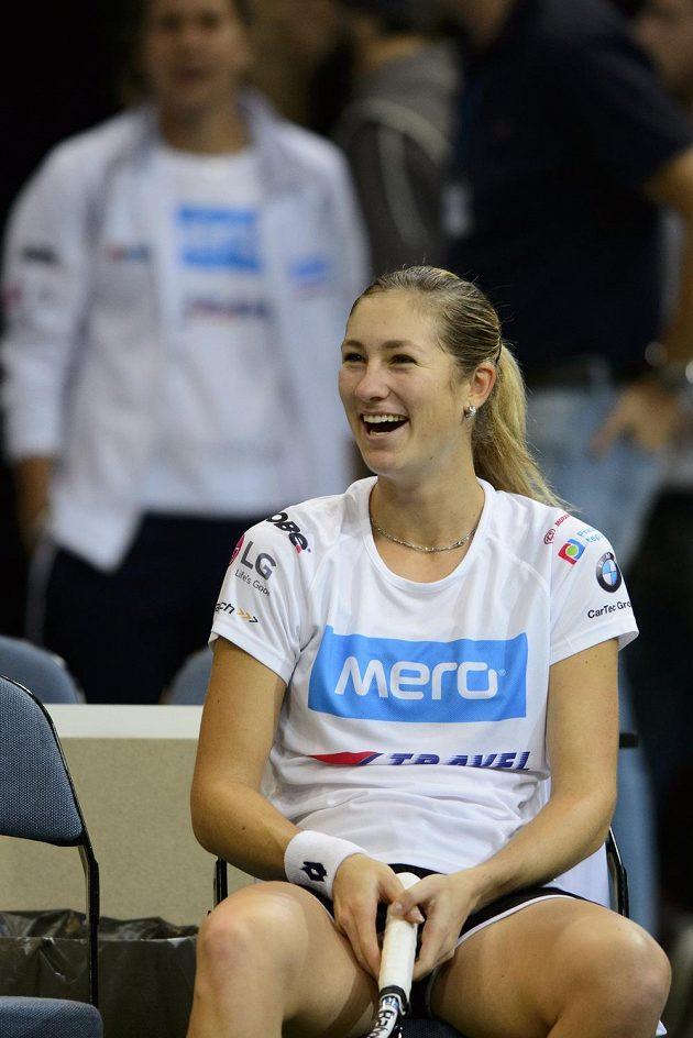 Usměvavá Denisa Allertová během úterního tréninku v O2 areně.