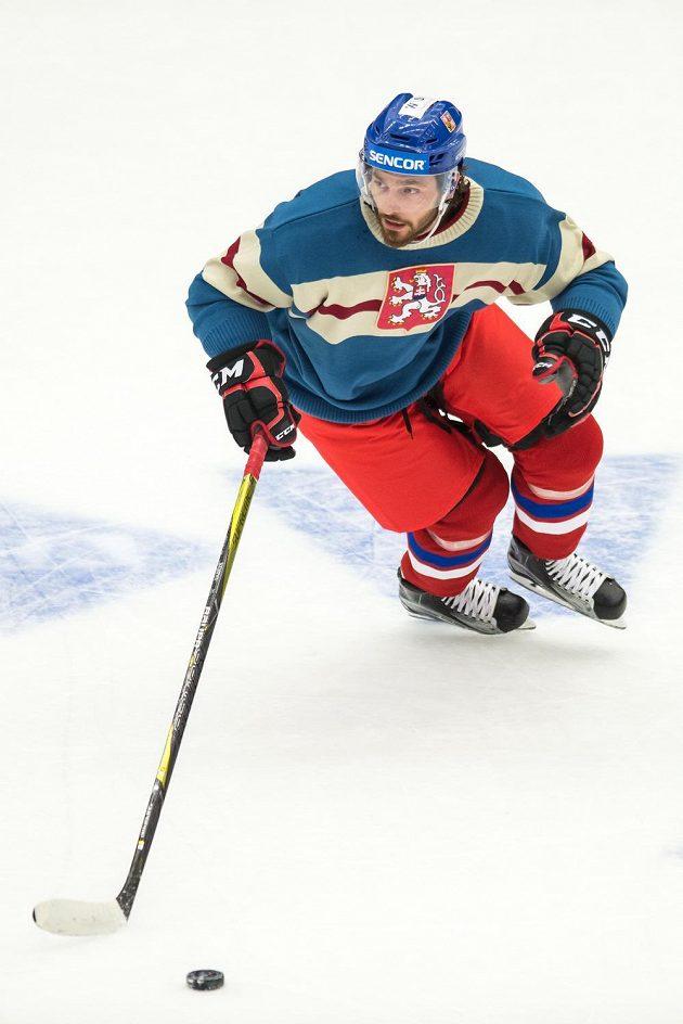 Michal Kempný během utkání turnaje Carlson Hockey Games se Švédy.