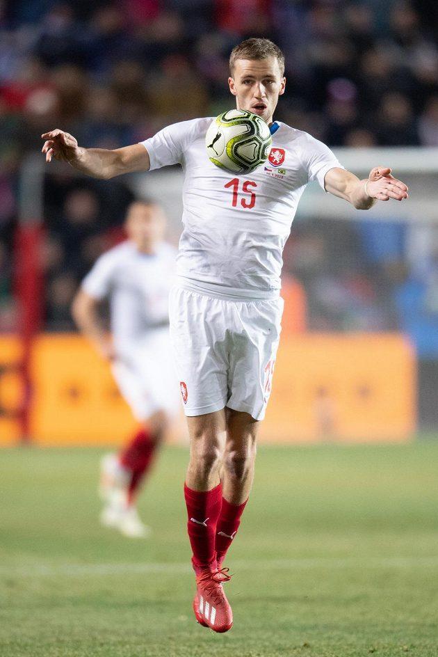 Tomáš Souček během přátelského utkání s Brazílií.