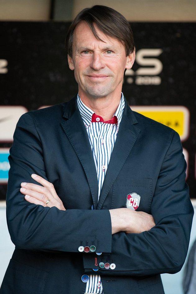 Trenér Karviné František Straka měl důvod k úsměvu, jeho Karviná vyhrála na Spartě.