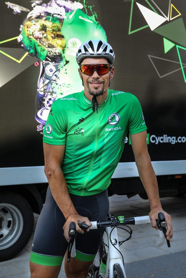 Pedro Horrillo se k cyklistice vrátil jako novinář a při Tour de France jako řidič doprovodného vozidla Škoda. Během nejslavnějšího závodu občas usedne i na kolo.