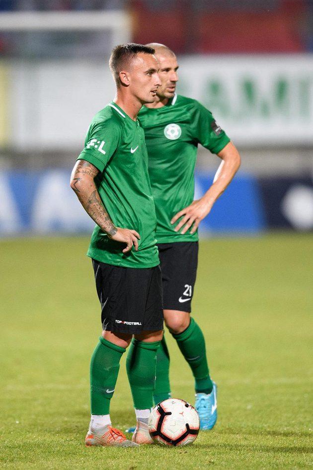 Fotbalisté Příbrami Martin Zeman a Jan Rezek během utkání 8. kola Fortuna ligy s Plzní.