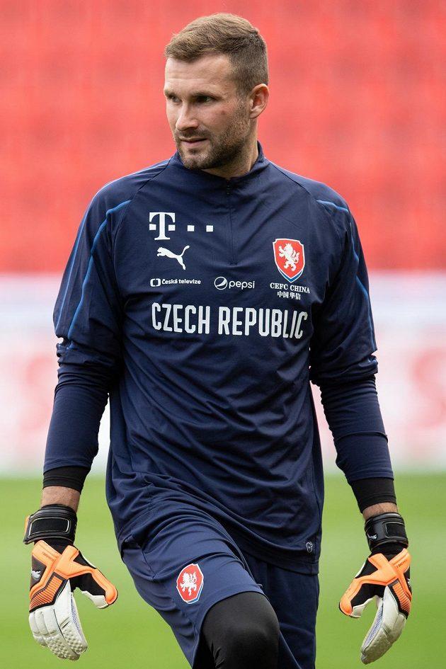 Brankář Ondřej Kolář během tréninku fotbalové reprezentace.