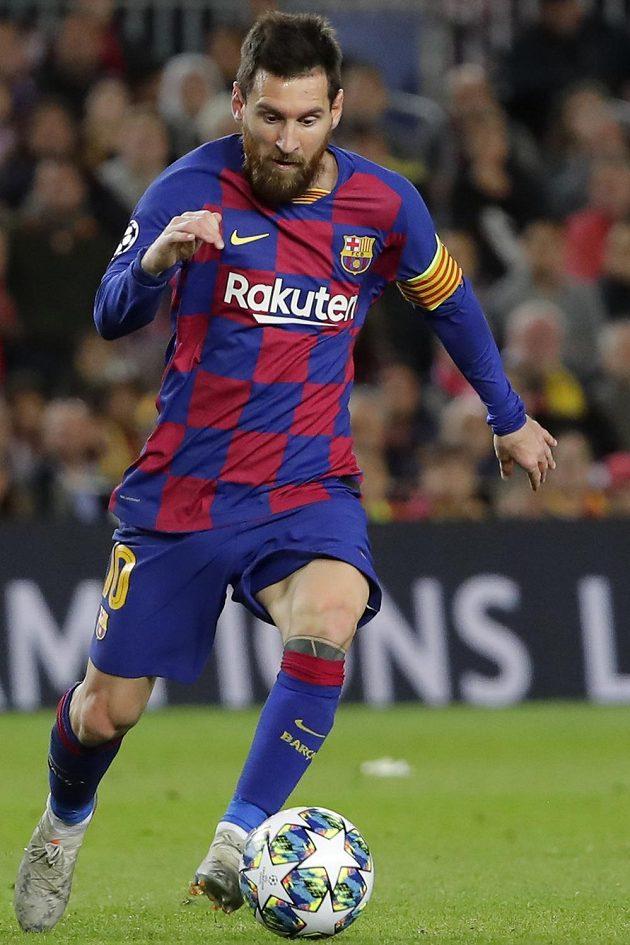 Ani hvězdný Lionel Messi klíč k brance slávistického gólmana nenašel.