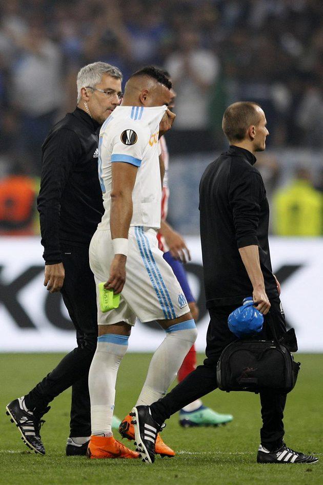 Zraněný kapitán Marseille Dimitri Payet odstupuje z finále EL s Atlétikem.
