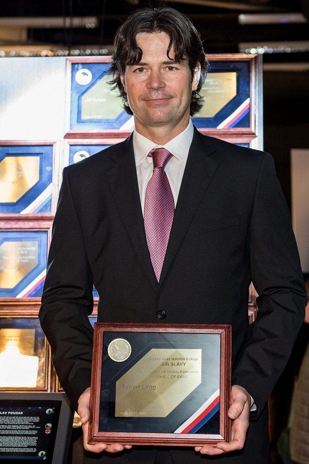 Robert Lang byl uveden do Síně slávy českého hokeje.