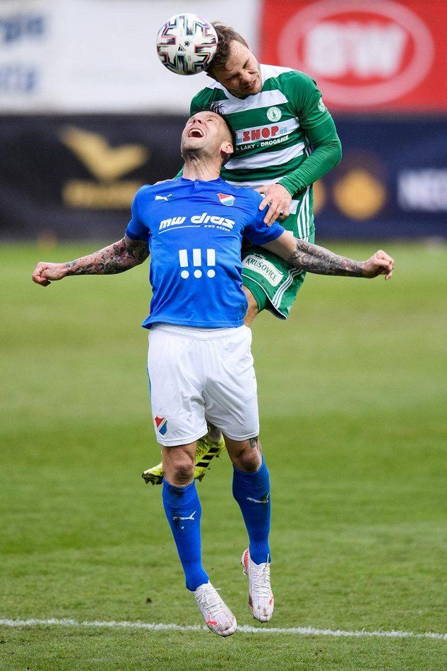 Martin Fillo z Baníku Ostrava a Jan Vondra z Bohemians