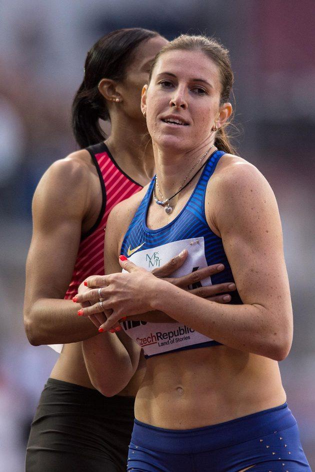 Zuzana Hejnová po závodě na 400 m překážek při Zlaté tretře.
