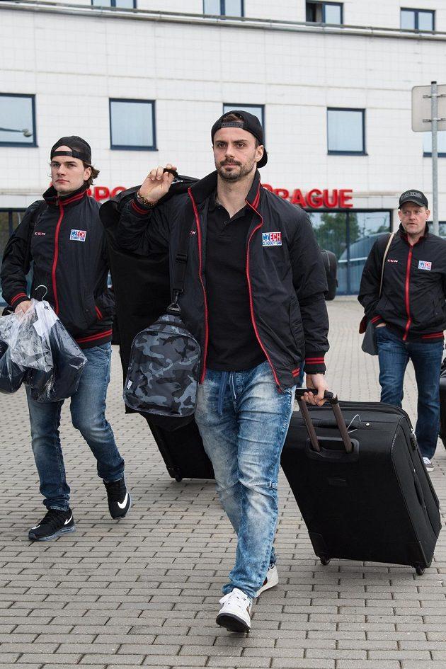Hokejisté Petr Zámorský (vlevo) a Michal Řepík se chystají na světový šampionát.