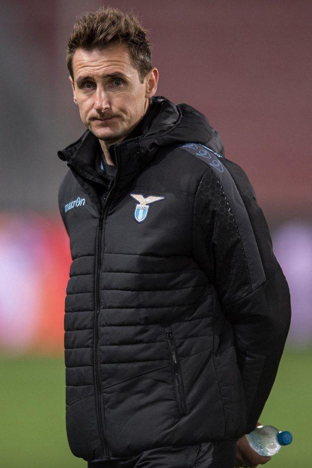 Útočník Lazia Miroslav Klose na Letné den před utkáním Evropské ligy se Spartou.