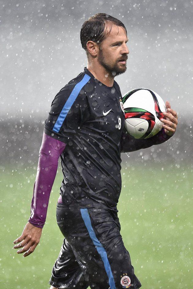 V hustém dešti trénoval v Areně Chimki v Moskvě i Marek Matějovský.
