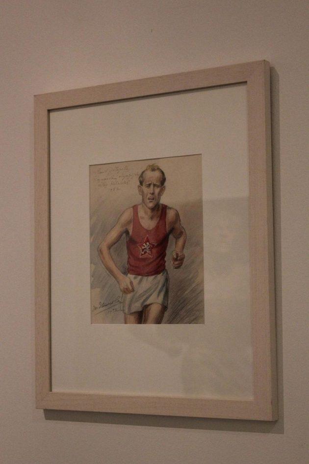 Výstava Sportu zdar!: Emil Zátopek ve stínu i odrazu Emila Zátopka.