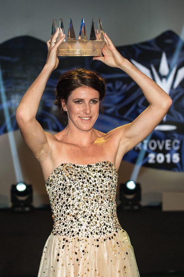 Atletka Zuzana Hejnová při vyhlášení novinářské ankety Sportovec roku 2015 v Praze.