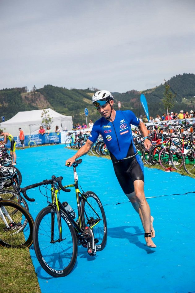 Petr Vabroušek absolvoval dvoustý závod Ironman. Ve 46 letech ale na konec kariéry zdaleka nemyslí.