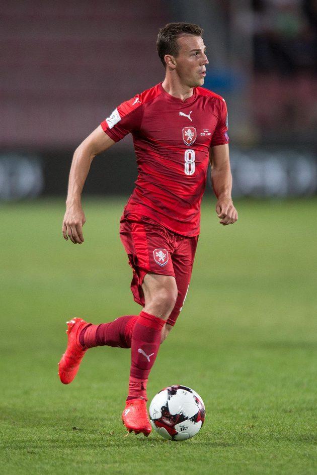 Vladimír Darida během zápasu se Severními Iry.