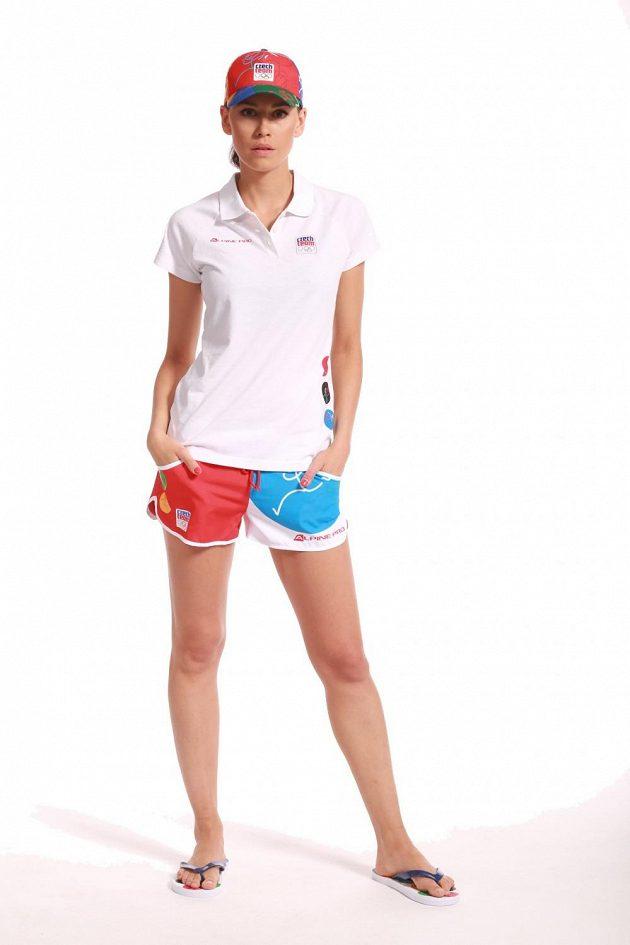V kolekci oblečení české výpravy pro olympiádu v brazilském Riu nechybí letní žabky.