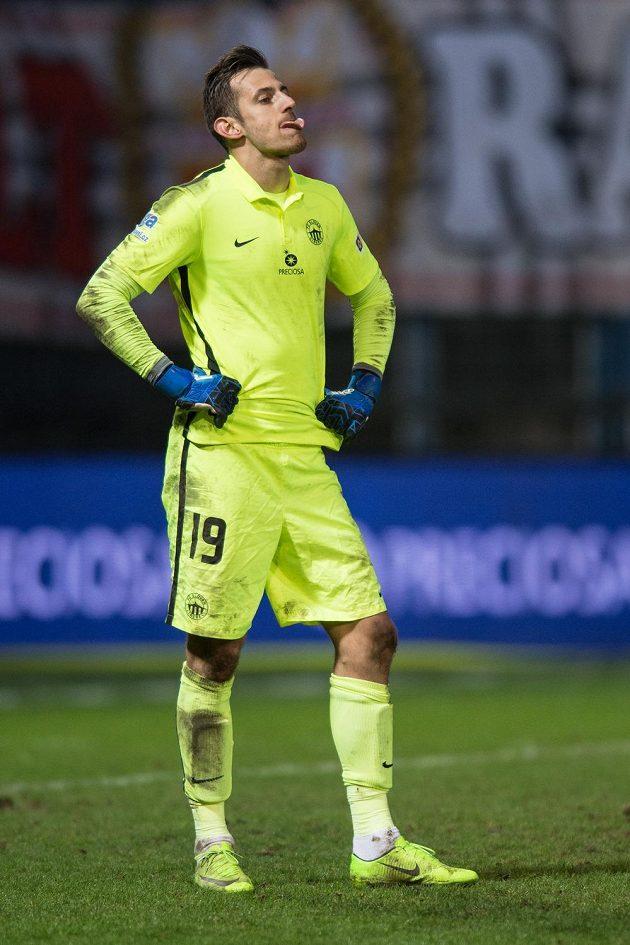 Brankář Liberce Martin Dúbravka, hrdina zápasu proti Slavii.