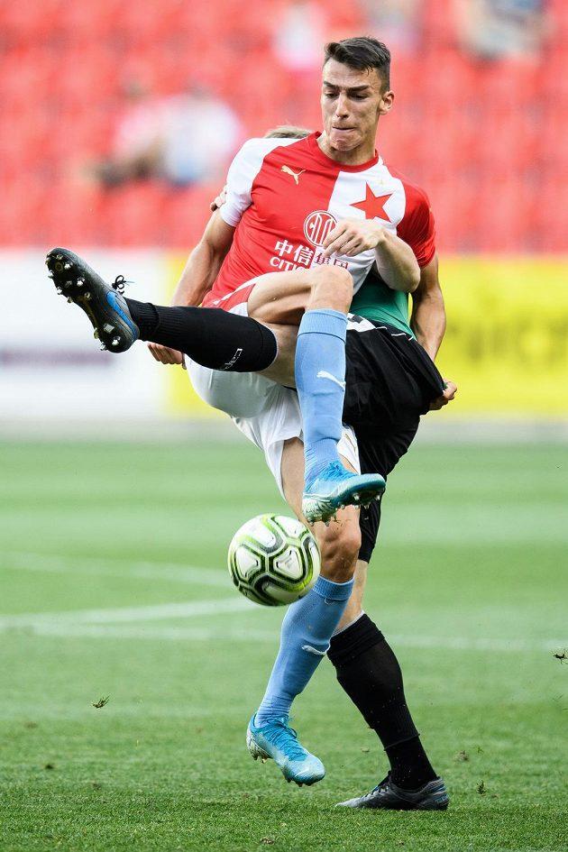 Petar Musa ze Slavie Praha během utkání s Jabloncem.