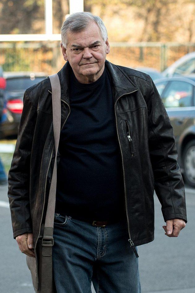 Trenér Vladimír Vůjtek na srazu hokejové reprezentace v Praze.
