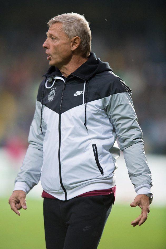 Trenér Sparty Zdeněk Ščasný.
