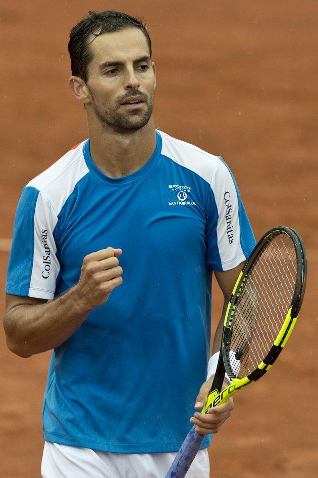 Kolumbijec Santiago Giraldo, vítěz tenisového turnaje Advantage Cars Prague Open na Štvanici.