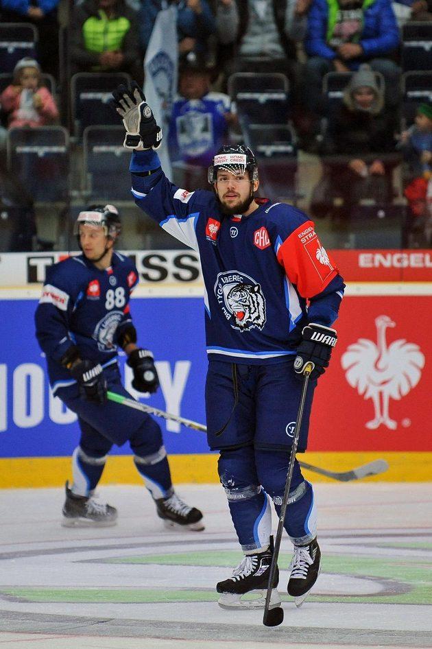 Liberecký Martin Bakoš, autor první branky osmifinále hokejové Ligy mistrů s Frölundou.