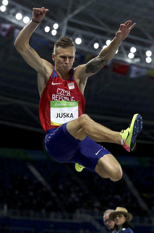 Dálkař radek Juška v olympijské kvalifikaci.
