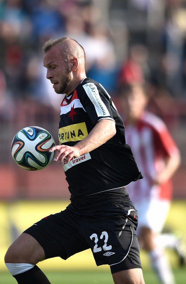 Slávistický záložník Jakub Petr během utkání 3. kola Poháru FAČR proti Žižkovu.