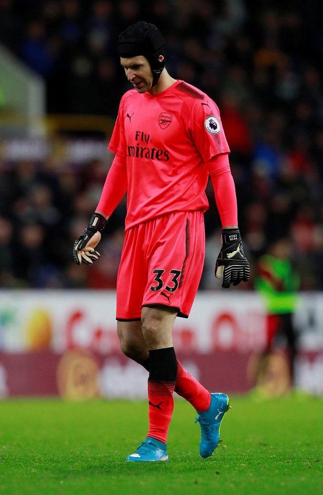 Brankář Arsenalu Petr Čech už má v Premier League na kontě 196 čistých kont a dobře ví, že magická dvoustovka se blíží. Naposledy nedostal gól v utkání proti Burnley.
